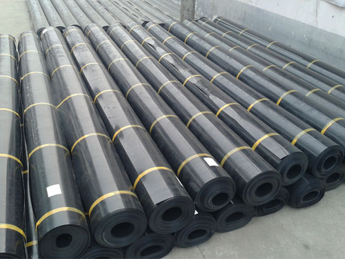 geomembrane-and-geotextile-difference