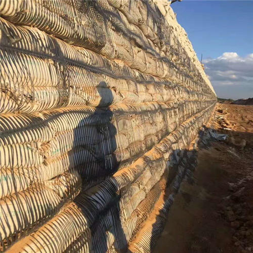 how to use geogrid in retaining wall